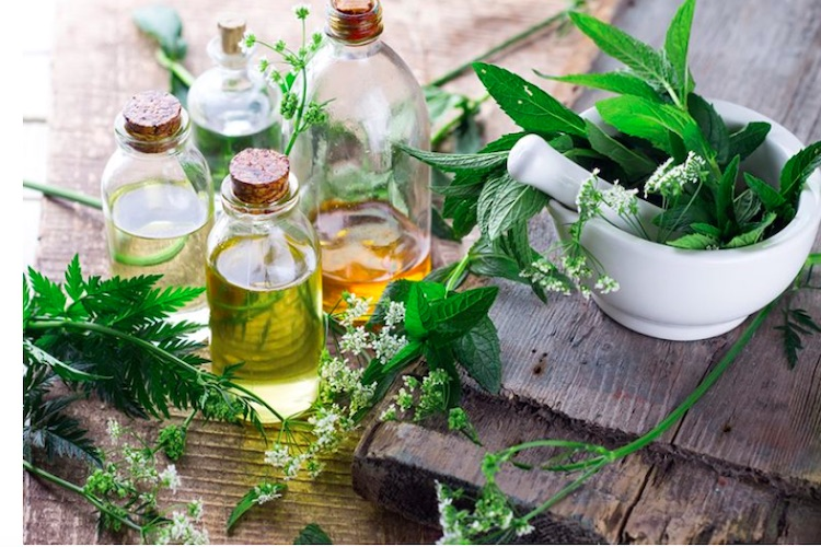 An Essential Oil For Women's Health