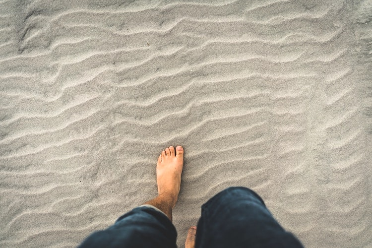 Three Grounding Exercises to Pratice When Feeling Overwhelmed